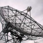 「強い信号」の正体は地球由来の可能性が高いらしい