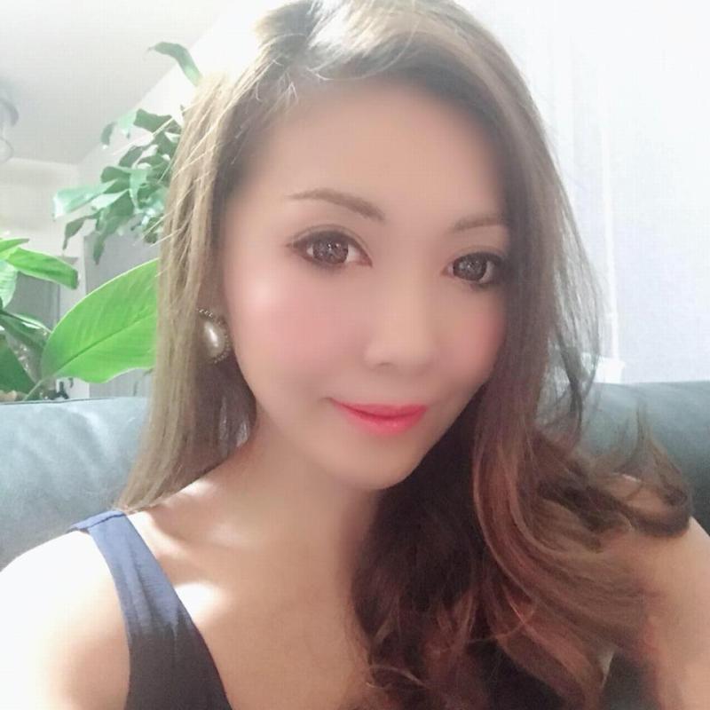 大島綾のFacebook顔画像