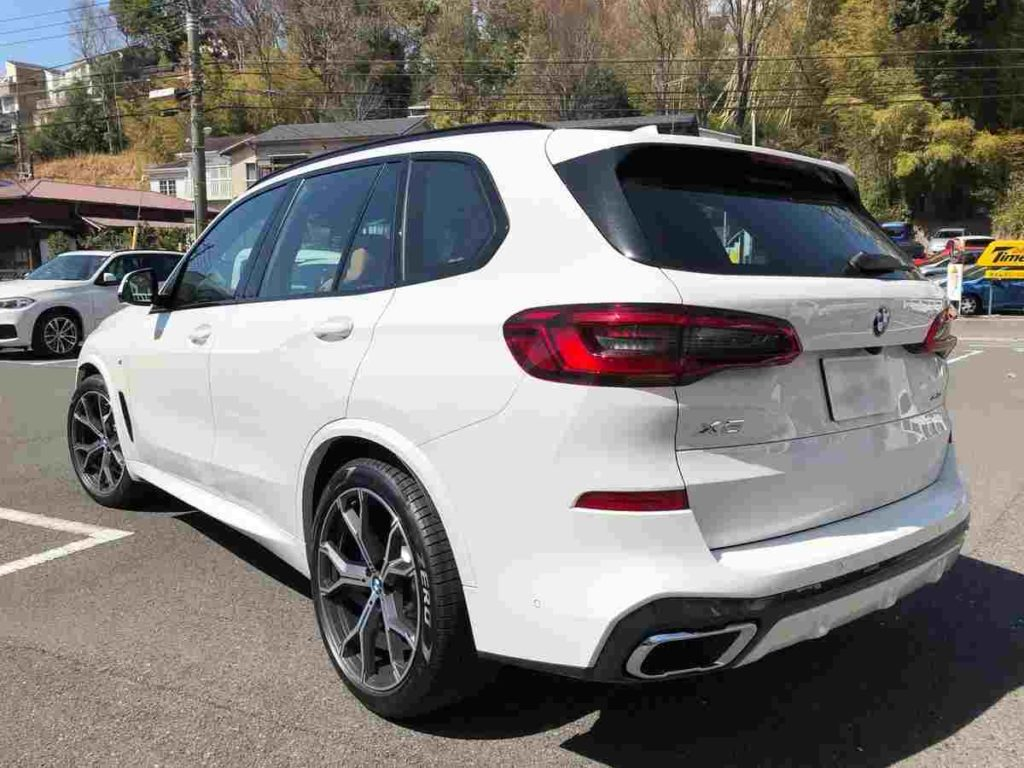 BMW X5の試乗車を貸し出しディラーは「Tomei-Yokohama BMW 横浜三ツ沢支店」か2