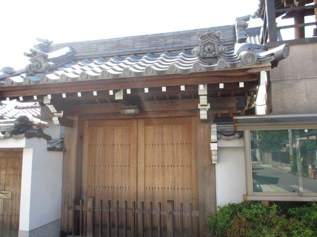 「安養寺」の住職は玉井教雄