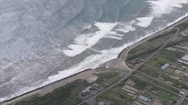 御前崎沖でサーファーが4人が流され一時不明に