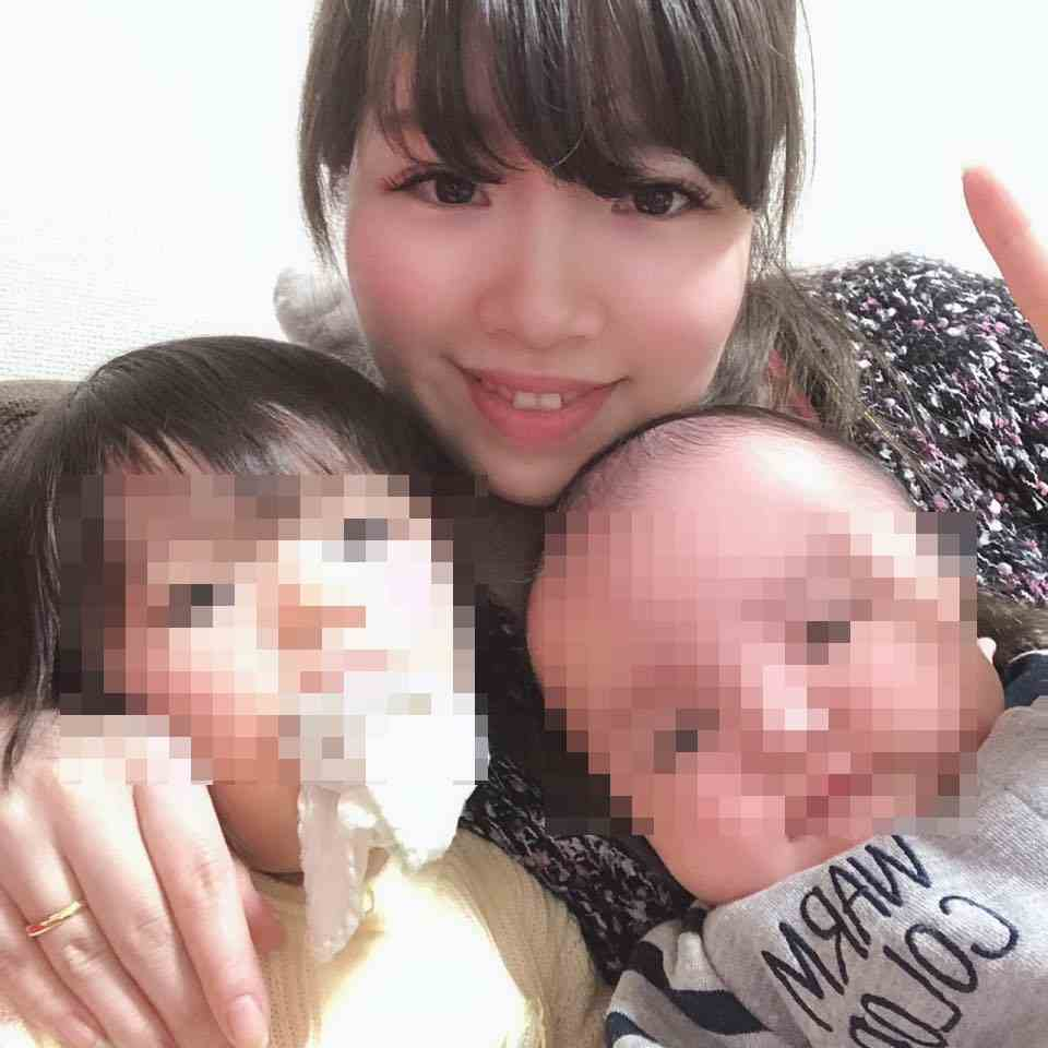 木下利華のFacebook顔画像
