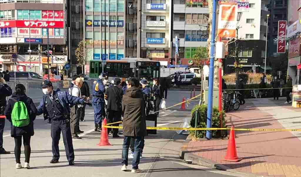 JR五反田駅前の路上で男性刺される 知人の男とトラブルか