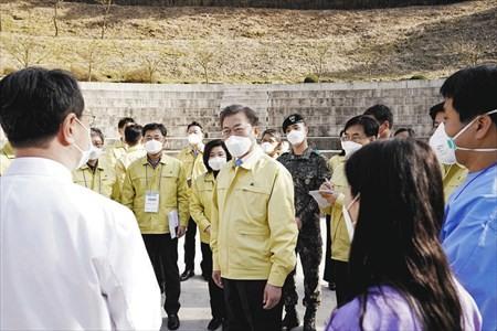 コロナ対策で浮かび上がる「監視社会」韓国