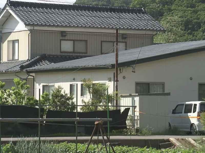 現場は長野県坂城町上平の市川武範さん方2