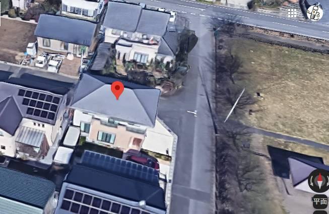 現場は小山市犬塚2丁目の鈴木瑞穂が所有する家