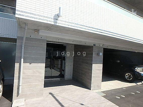 現場は札幌市中央区南22条西6丁目のマンション「リヴィエールS22」