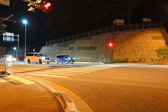 現場は盛岡市北山の国道4号北山トンネル南口トンネル交差点