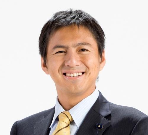 武井俊輔議員のプロフィール